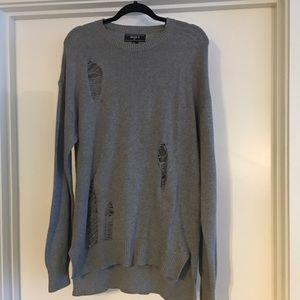 ▪️ Oversized destructed sweater